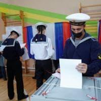 """In Russia le elezioni meno libere in 20 anni. """"Putin ha paura di noi"""""""