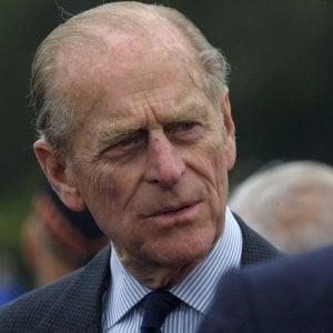123228253 98ecbf5c f92a 4214 b34a b1c149e8253f - Regno Unito, la prima volta della regina Elisabetta con il bastone a un evento pubblico
