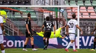 Diretta Venezia-Spezia 0-1: gol di Bastoni con un sinistro dal limite
