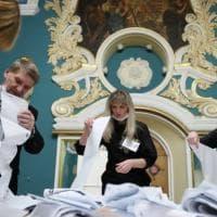 Elezioni in Russia. Gli elettori puniscono Putin, le irregolarità lo salvano