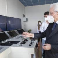 """""""La scuola è un potente anti-virus"""": Mattarella inaugura l'anno scolastico elogiando..."""