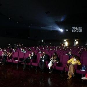 184127309 bbd60f4b d15d 4b04 b960 256a11b9d5ab - Stadi, cinema e palestre: spinta a togliere le restrizioni