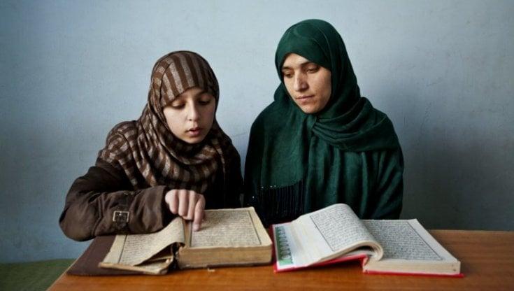 """Afghanistan, """"Nonlasciamolesole"""": a sostegno delle donne, oggi la manifestazioni..."""