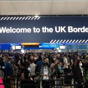 """221048627 72bf20a5 47c8 4ed2 ae2b 509630209811 - Brexit, l'offerta della Ue a Boris Johnson: """"Meno 80% di controlli doganali in Irlanda del Nord"""""""