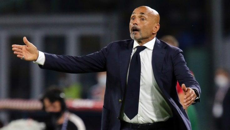Diretta Napoli-Cagliari 2-0: Osimhen e Insigne, gli azzurri tornano in  vetta - la Repubblica