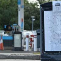 La benzina scarseggia dopo la Brexit: la Gran Bretagna mette in allerta