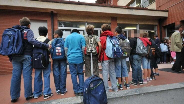 Scuola media bocciata: gli alunni apprendono meno che alla primaria, i prof sono più...