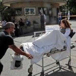 150713651 8751bb19 3eef 47db 89f8 6475d1019c12 - Scontri a Beirut, Amal ed Hezbollah contestano il giudice dell'inchiesta sull'esplosione al porto: 6 morti