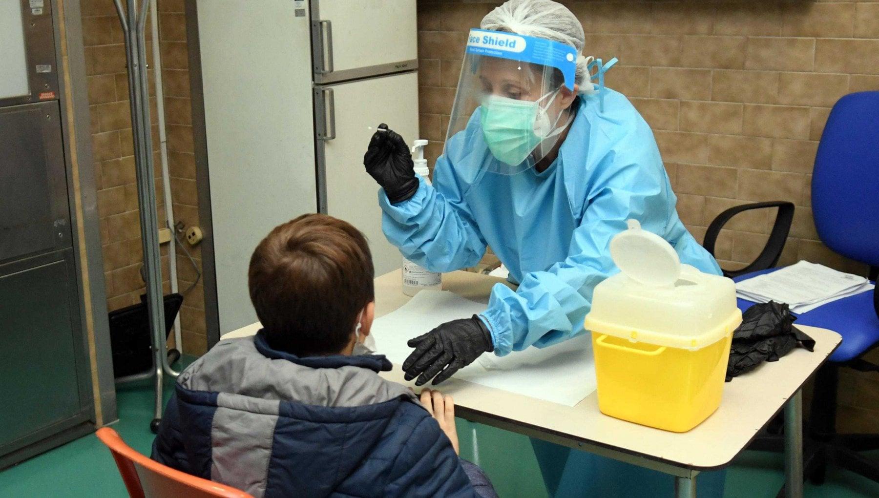 """Covid, la scuola azzera la quarantena. """"Niente Dad con un solo contagio"""""""