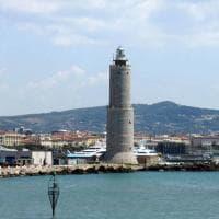 """I portuali di Livorno non si accodano alle proteste: """"Il problema è che manca il lavoro,..."""