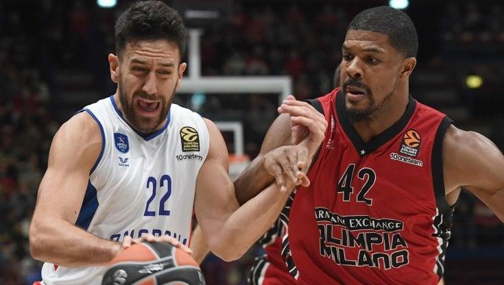 Basket, Eurolega: Milano resta imbattuta, anche lEfes campione in carica va ko