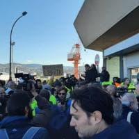 """No Green Pass a Trieste, dietrofront dei portuali: """"La protesta continuam non si molla"""""""