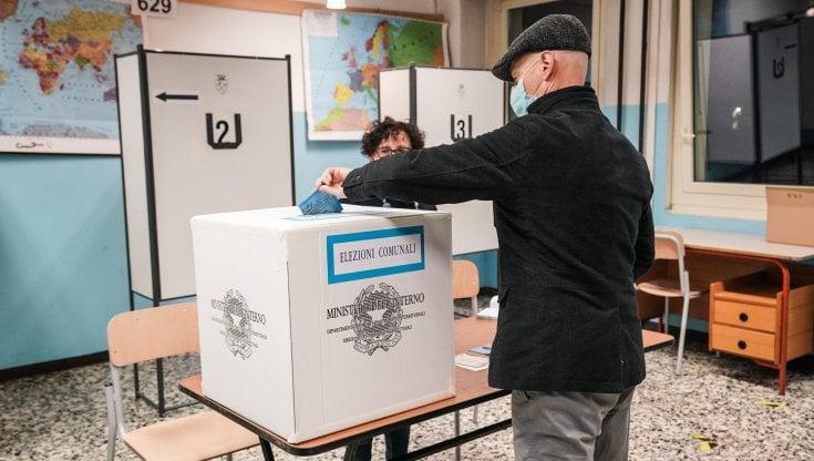 """Ballottaggi 2021, Pregliasco (YouTrend): """"Il calo più forte nelle periferie che votano a..."""
