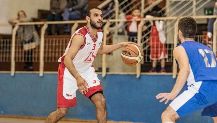 Basket, malore in campo: muore il giocatore della Fortitudo Messina Haitem Jabeur Fathallah