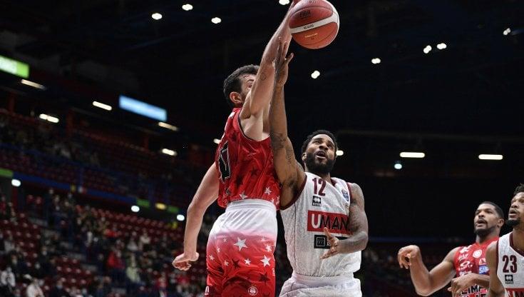 Basket, serie A: Milano domina Venezia e raggiunge la Virtus Bologna al comando