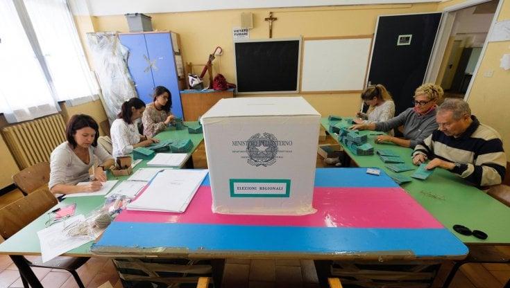Risultati ballottaggi del 17 e 18 ottobre. Proiezioni: a Roma e Torino vittoria netta del...