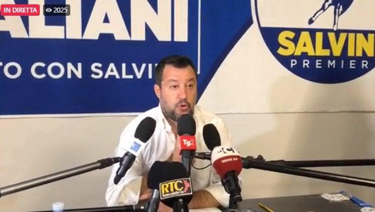 """Centrodestra, la débâcle ora spinge Salvini a rafforzare l'esecutivo: """"Non usciremo"""""""
