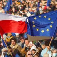 """Varsavia, la leader delle proteste Lempart: """"Volevano uccidermi, la propaganda di Stato..."""