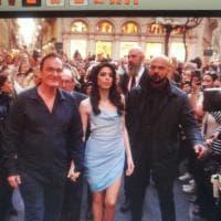Tutti pazzi per Tarantino, McGregor e Keitel: le star a passaggio per via Condotti. E...