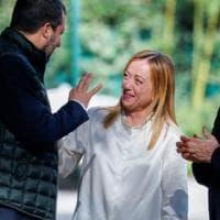 """Centrodestra, """"Uniti su maggioritario e Colle"""". Berlusconi si consegna ai sovranisti"""
