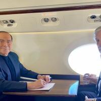 Forza Italia: dalla cena dei rivoltosi alla bacchettata di Berlusconi, il partito implode