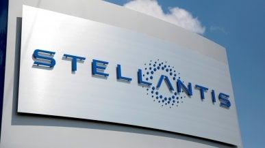 Stellantis, nuovo accordo per le batterie in Nord America: joint venture con Samsung