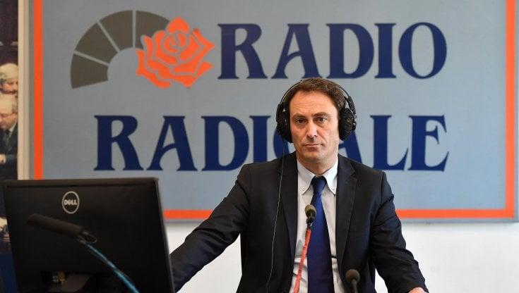Costi bassi e strumenti rudimentali: così nacque Radio Radicale, che voleva scoperchiare il Parlamento