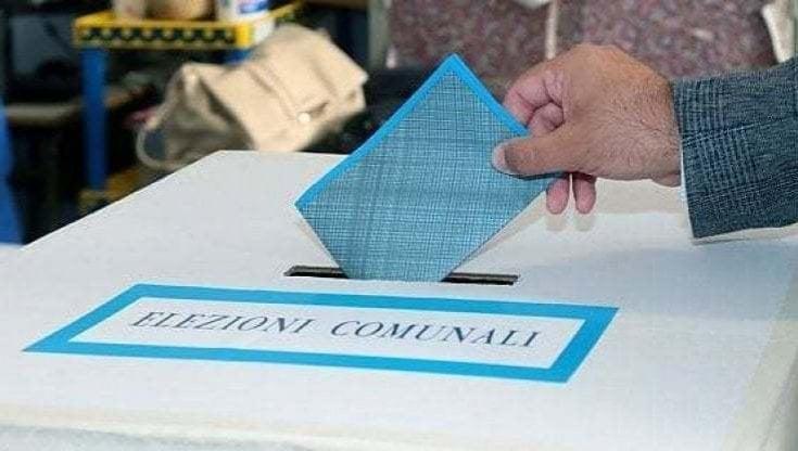 Elezioni amministrative, domenica e lunedì i ballottaggi in Sicilia e Sardegna: la mappa del voto