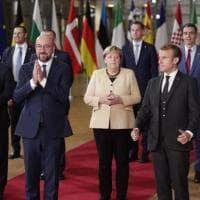 """""""Niente soldi per i muri"""". Bruxelles divisa sui migranti"""