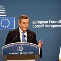 """Battaglia sul ruolo dell'Italia per la gestione degli sbarchi, Draghi blocca i """"falchi"""" e..."""