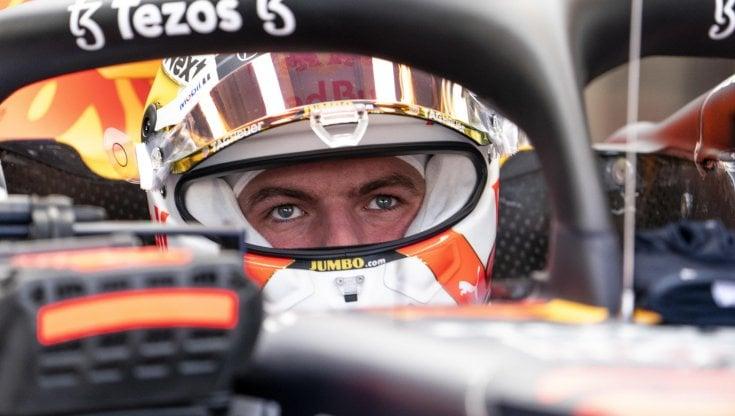 F1, Gp Usa; scintille tra Verstappen e Hamilton nelle libere. E lolandese mostra il dito medio