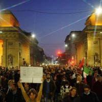 Il popolo dei no Green Pass  torna in piazza. A Milano tensioni vicino alla Cgil