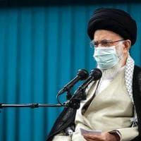 """Iran, Khamenei: """"I Paesi arabi devono cancellare gli accordi con Israele"""""""