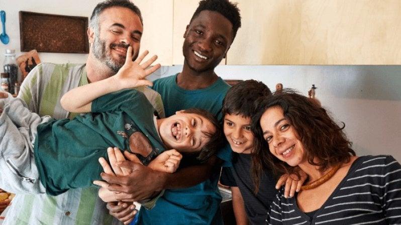 Profughi, Ohana, il concetto hawaiano di famiglia al servizio di un progetto per l'affido dei minori migranti