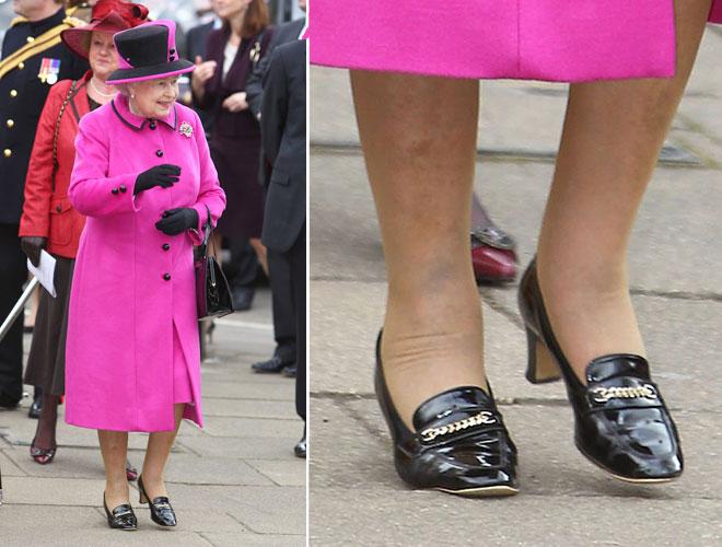 huge discount a2541 02a78 Elisabetta e le scarpe: segreti reali rivelati - D - la ...