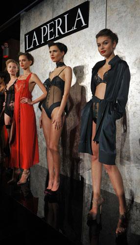 moda,lingerie,sfilate