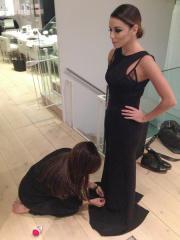 Victoria Beckham fa la sartina per Eva Longoria
