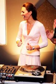 Kate Middelton diventa deejay