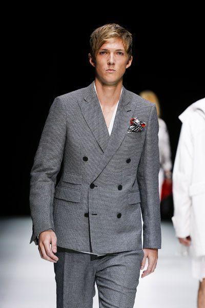 low priced 07d96 a6673 Come si porta la giacca doppiopetto - Moda - D.it Repubblica
