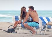 Amore on the beach per Nina Agdal