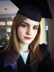 Emma Watson si laurea a New York
