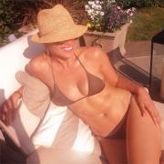 Jennifer Lopez: 44 anni, bellissima in bikini su Instagram
