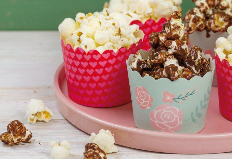 Dal pop corn al fruit pops 4 ricette per cucinare con i bambini cucina repubblica - Cucinare coi bambini ...