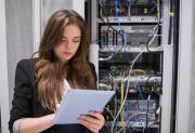 Donne e tecnologia: presenza in crescita, ma ancora non basta