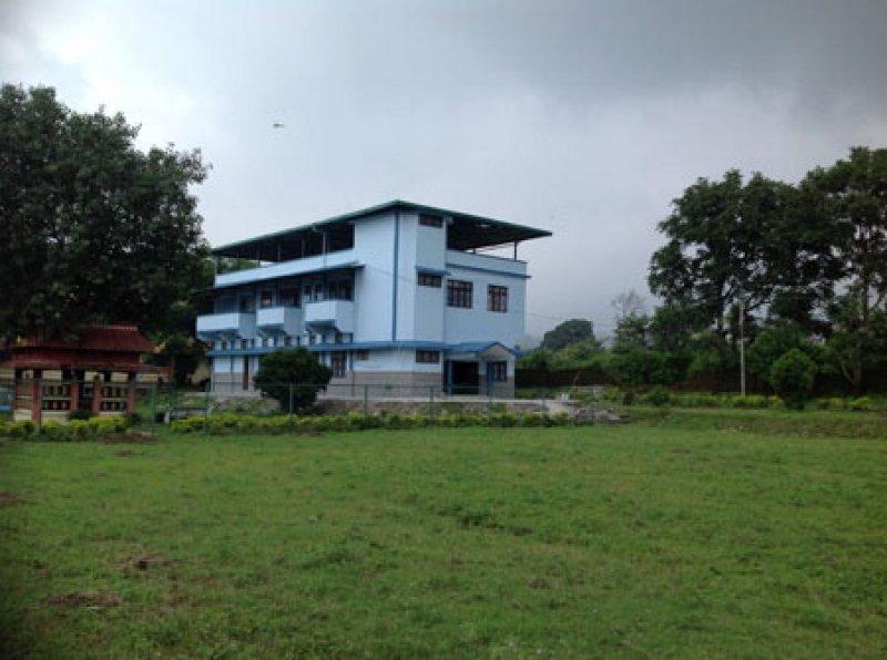La scuola indiana di Ngoenga, dove vengono accolti bambini con gravi deficit ficisici e psichici, ricostruita dalla ong Vimala grazie al supporto di Marni
