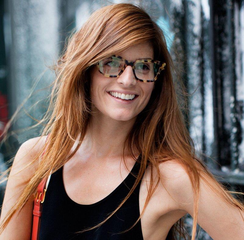 Taglio capelli frangia con occhiali