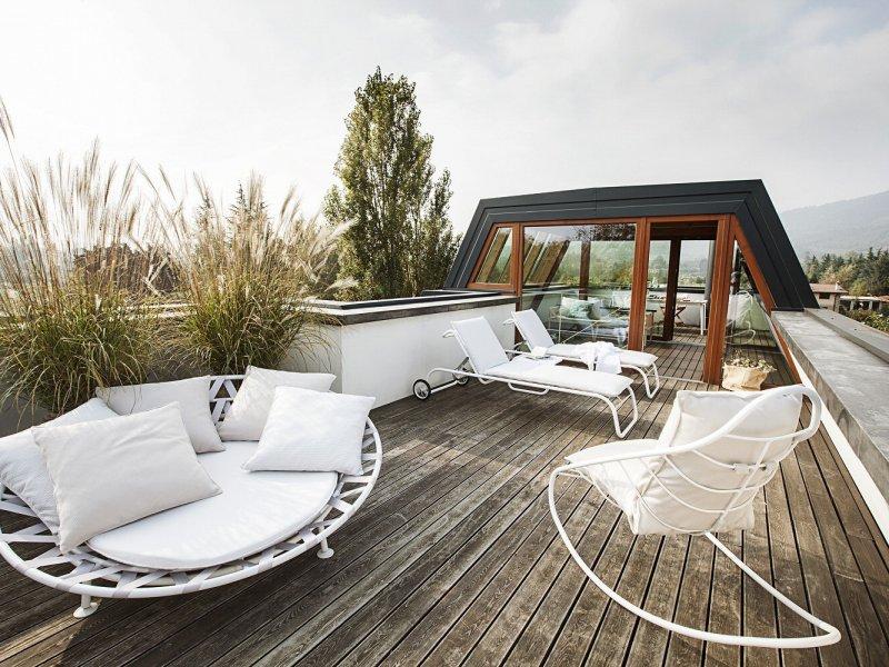 Come arredare balconi terrazze e giardini cittadini for Arredare la terrazza