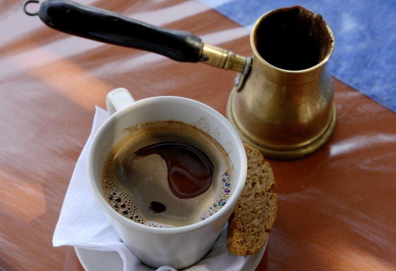Oltre il caffé: intervista a Nikos Kanakaris