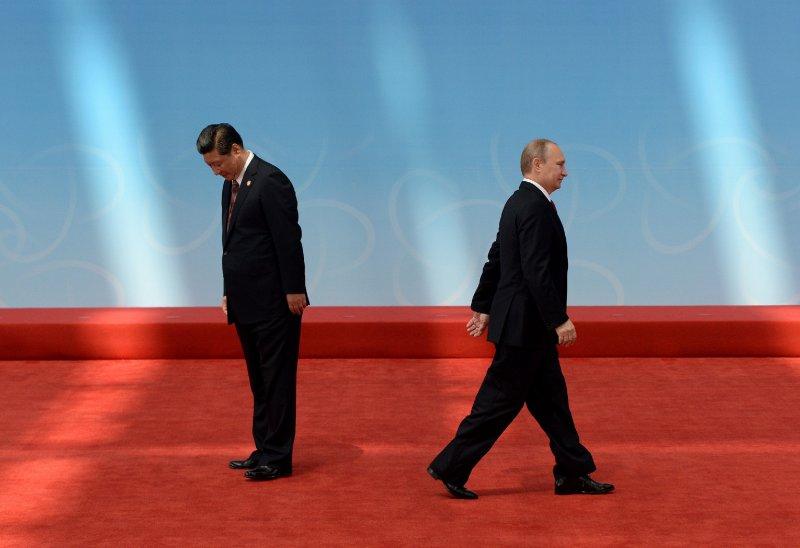 Vladimir Putin e Xi Jinping agli accordi del 2014 sul gas naturale.
