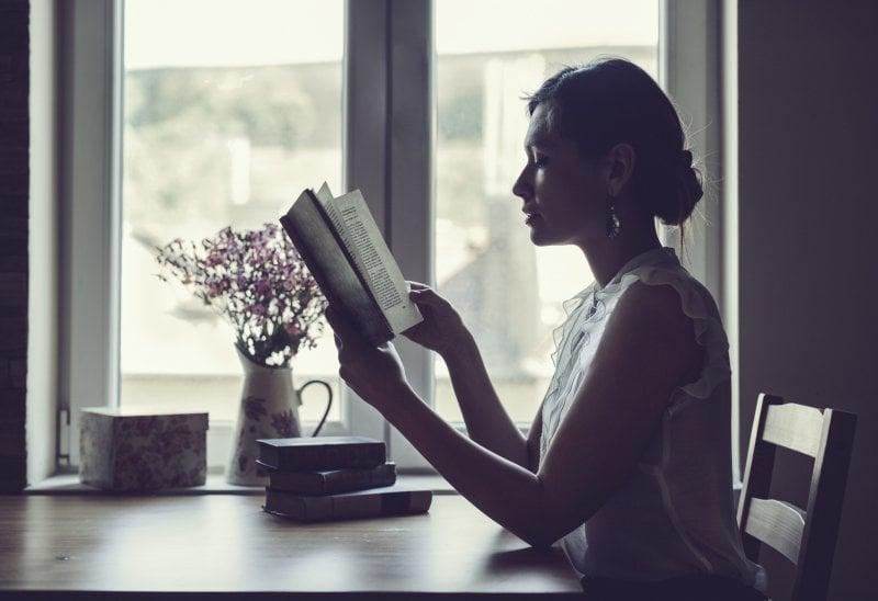 Il romanzo rosa salverà l'editoria? Ecco perché piace e vende tanto. Intervista ad Anna Premoli